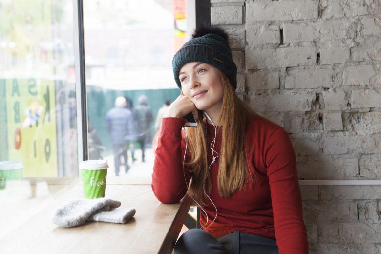 欧米人、外国人、女性、カフェ