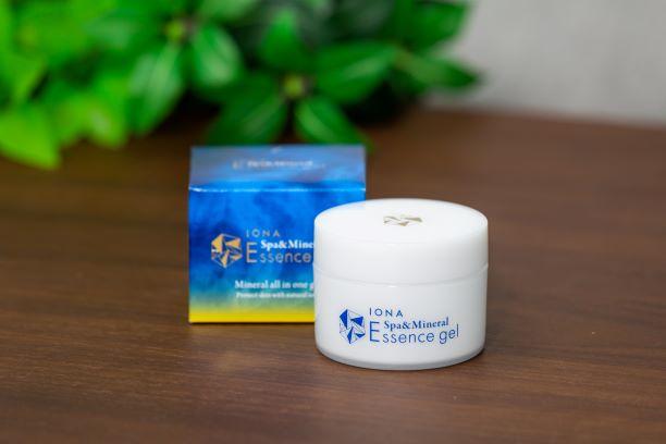 ゼリア新薬工業、イオナ スパ&ミネラル エッセンスジェル、ホワイトリリー、香り、贅沢な香り