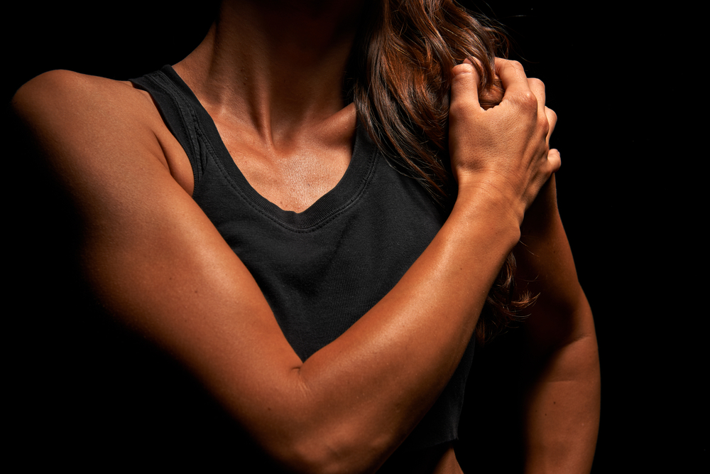 二の腕、ダイエット、二の腕を細くする方法、二の腕痩せ、二の腕引き締め、二の腕太い、筋肉痛