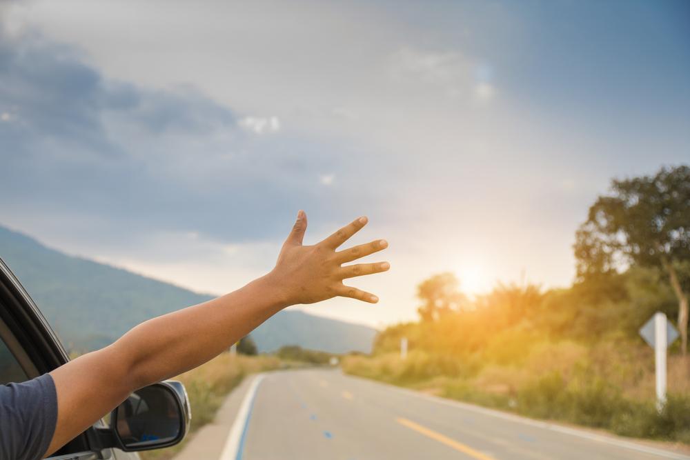 ドライブ、風に吹かれる、風、そよ風、風を感じる