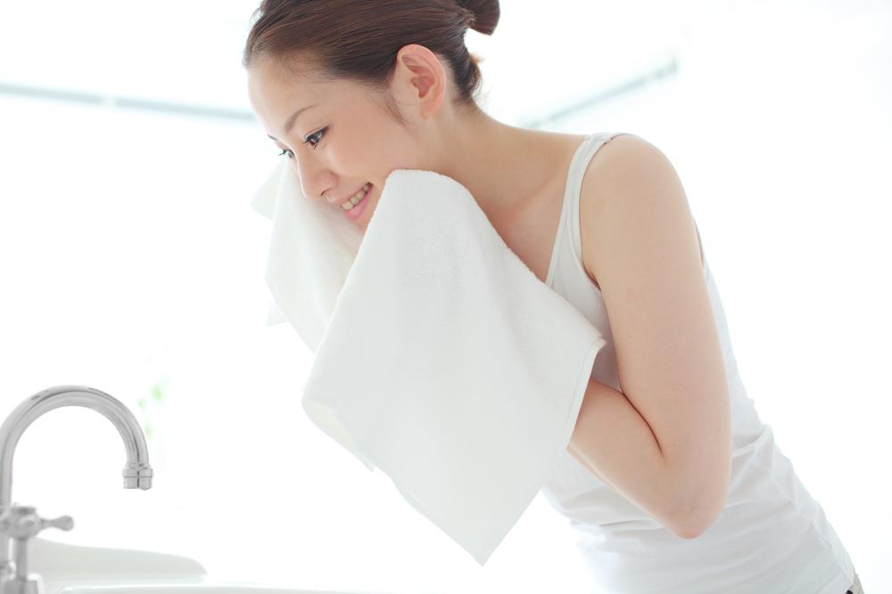 洗顔、洗顔おすすめ、洗顔毛穴、洗顔メンズ、クレイ洗顔、おすすめの洗顔