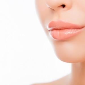 唇ケア、唇の荒れ、美容、リップクリーム活用法