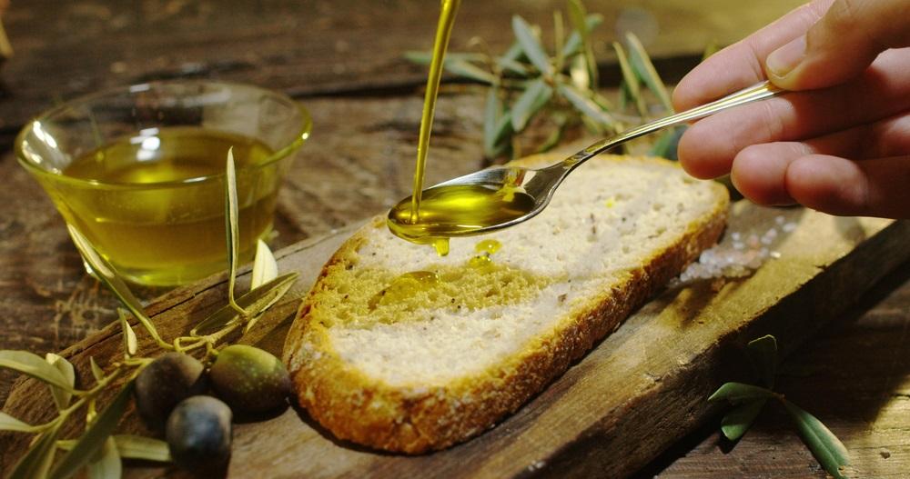 オリーブオイル、地中海式ダイエット、ダイエット